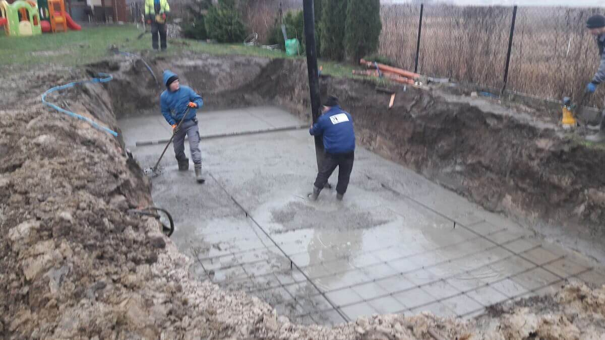 budowa basenu płyta